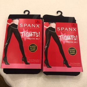 Spanx Lightning Bolt Tights, very black, size B